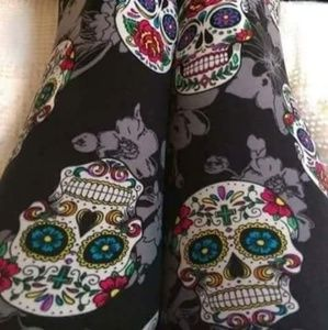 Pants - One Size Sugar Skull & Grey Floral Print Leggings